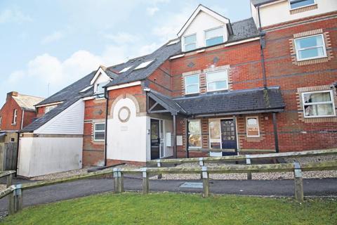 2 bedroom flat to rent - Dayworth Mews, Lundy Lane, Reading, Berkshire, RG30
