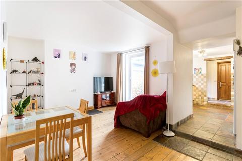 1 bedroom flat to rent - Ellerslie Road, Shepherds Bush, London, W12