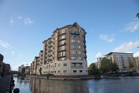 3 bedroom apartment to rent - Blakes Quay, Gas Works Road, Reading, Berkshire, RG1