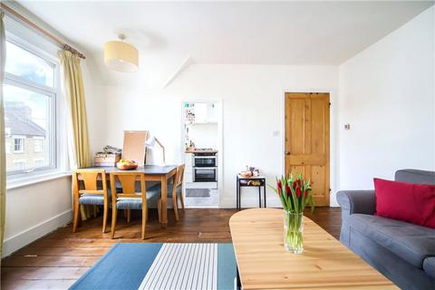 1 bedroom apartment to rent - Warbeck Road, Shepherds Bush, London, W12