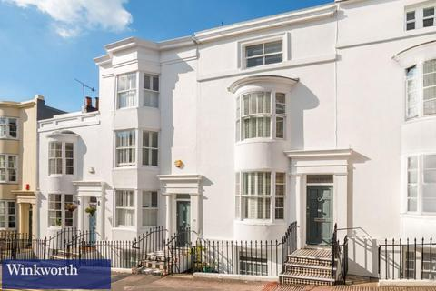 4 bedroom terraced house to rent - Hampton Place, Brighton, East Sussex, BN1