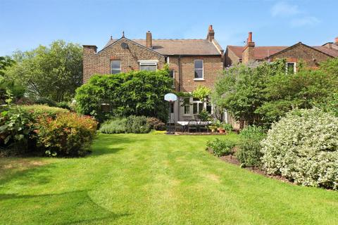 5 bedroom house to rent - Inglis Road, London, W5