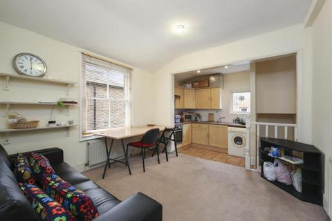 2 bedroom flat to rent - Adelaide Grove, Shepherds Bush, London, W12
