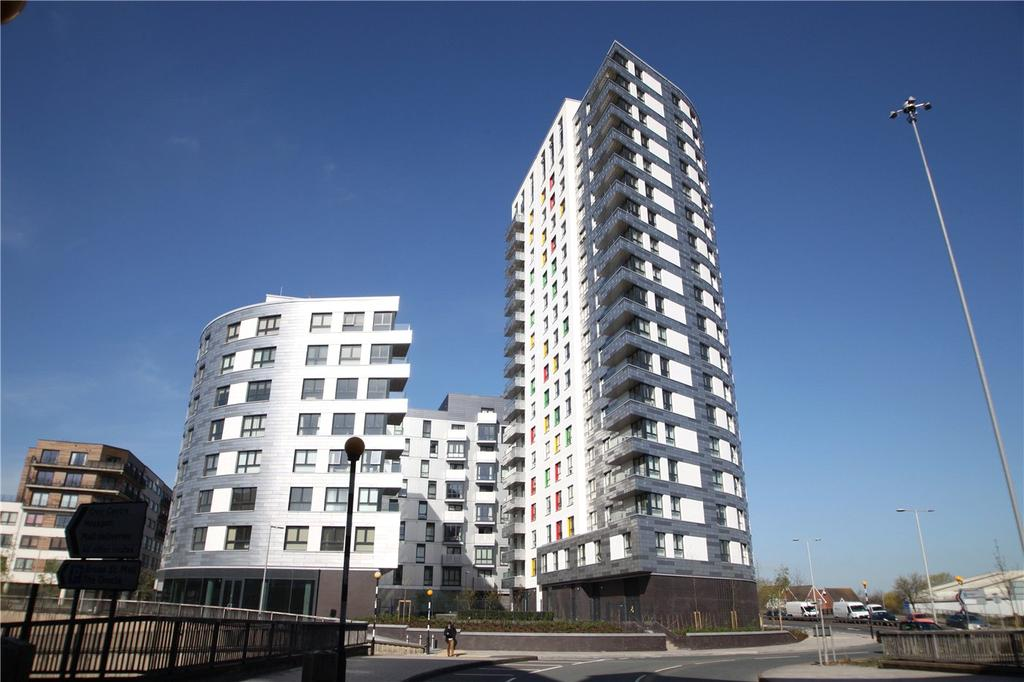 3 Bedrooms Flat for rent in 20 Alfred Street, Reading, Berkshire, RG1