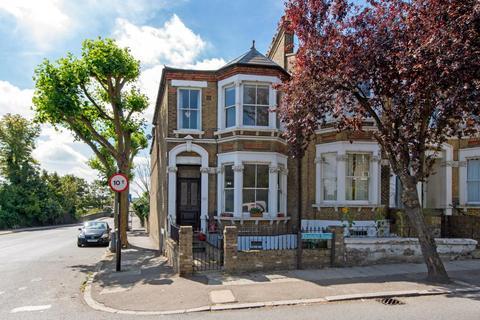 2 bedroom flat to rent - Drakefell Road, London, SE14