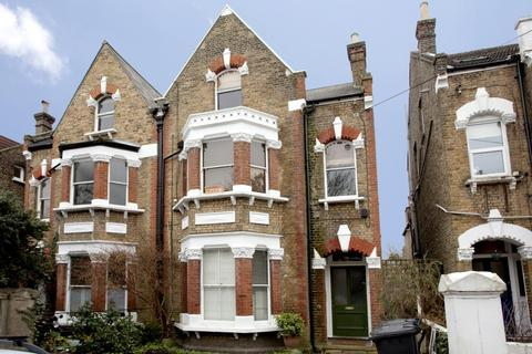 2 bedroom flat - Deronda Road, Herne Hill, London, SE24