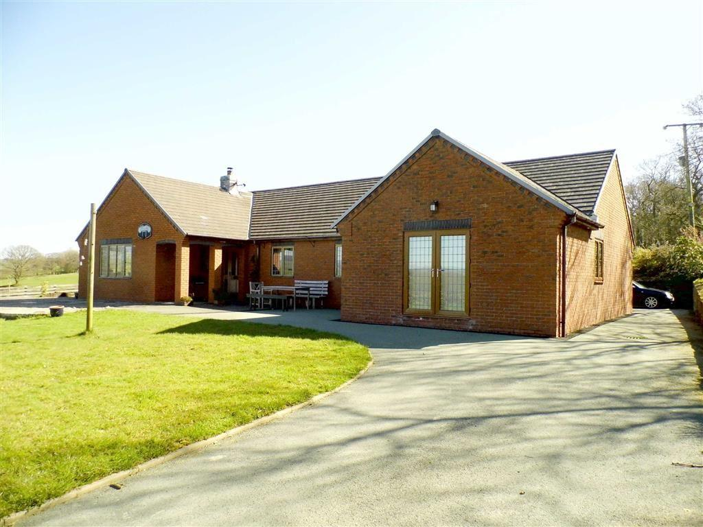 3 Bedrooms Detached Bungalow for sale in Brynllywarch, Llanerfyl, Welshpool, Powys, SY21