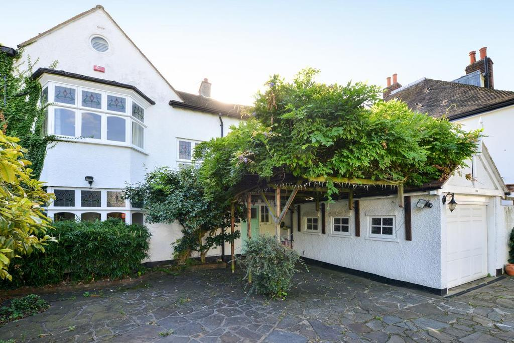 5 Bedrooms Semi Detached House for sale in Court Lane, Dulwich Village, SE21