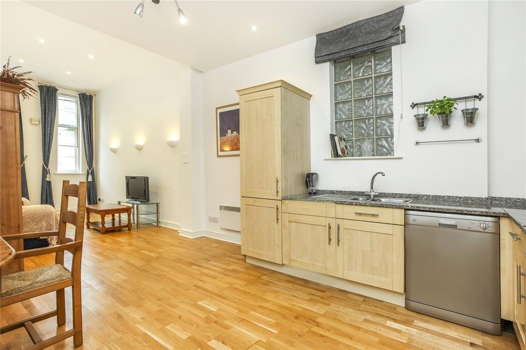 2 Bedrooms Flat for sale in Oxford Drive, London Bridge, London