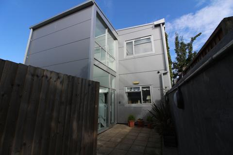 Studio to rent - Arthur Street, Hove BN3