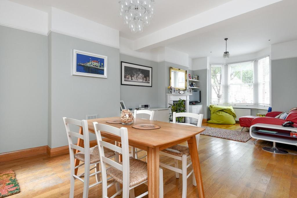 4 Bedrooms Terraced House for sale in Kildoran Road, Brixton, SW2