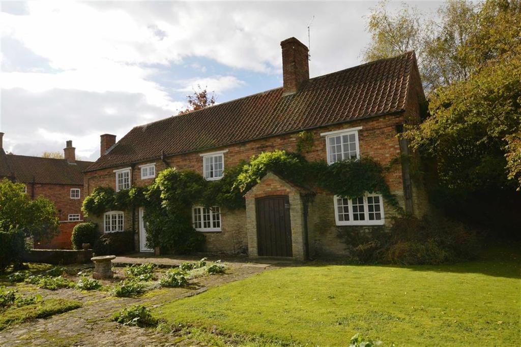 3 Bedrooms Unique Property for sale in Queen Street, Collingham, Nottinghamshire, NG23
