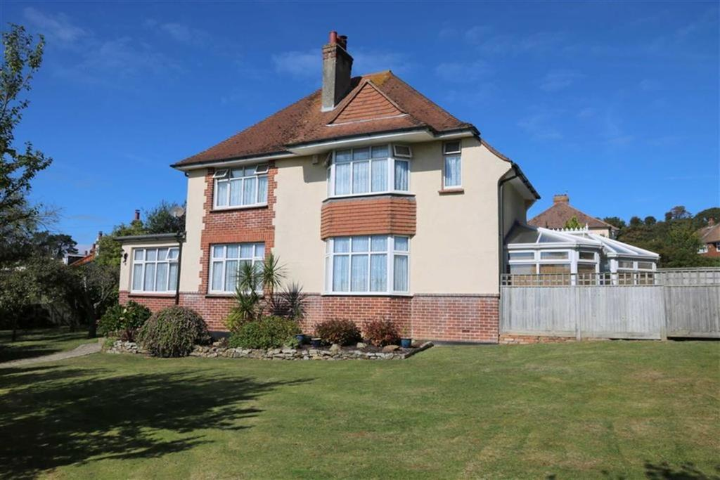 4 Bedrooms Detached House for sale in Keppel Road, Hastings