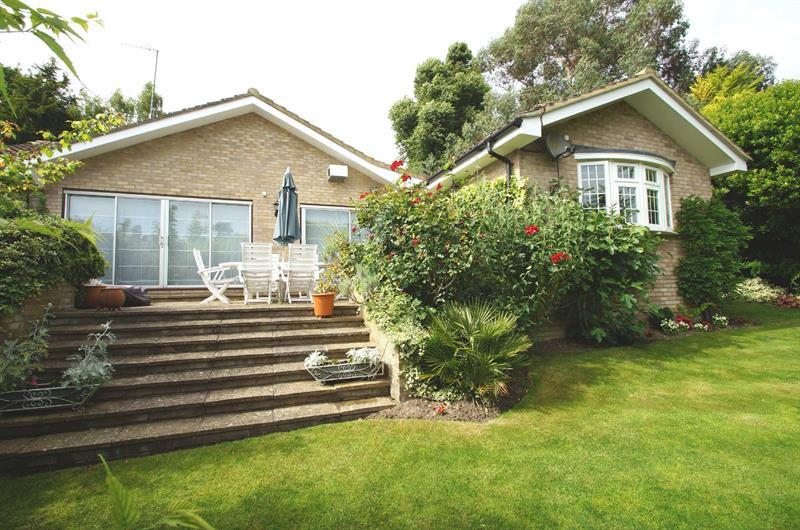 Bungalow for sale in COBHAM