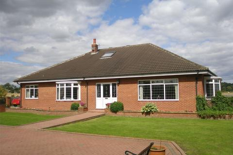 3 bedroom property with land for sale - Whinney Hill, Stockton-on-Tees, County Durham