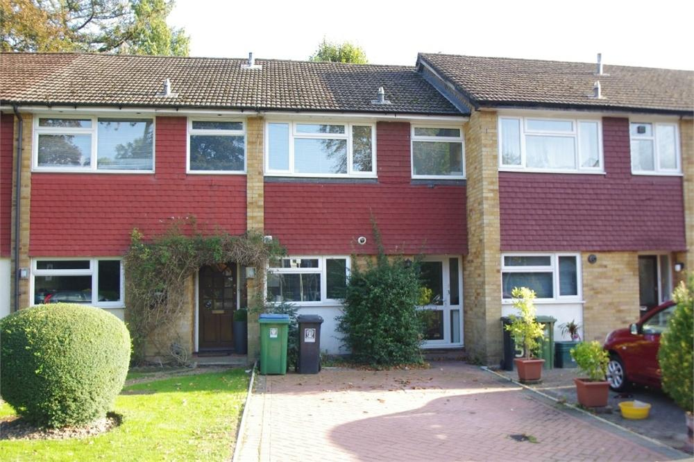 3 Bedrooms Terraced House for sale in Bellamy Close, WATFORD, Hertfordshire