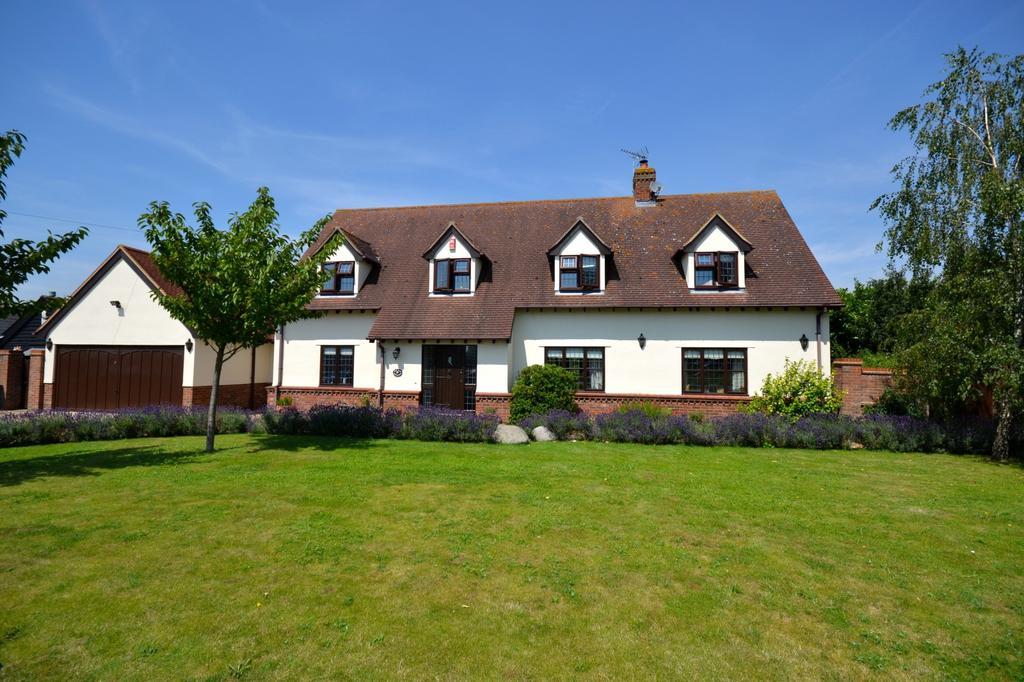 4 Bedrooms House for sale in 4 bedroom Detached House in Bishop Stortford