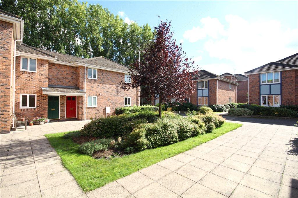 1 Bedroom Apartment Flat for sale in Corinthian Court, Alcester, Warwickshire, B49