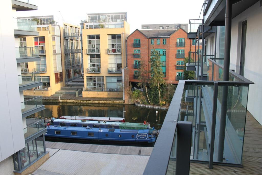 2 Bedrooms Flat for sale in Reliance Wharf,