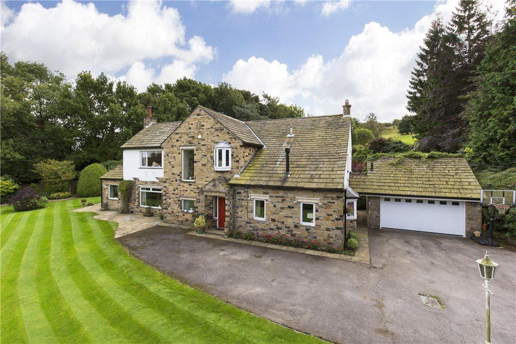 5 Bedrooms Detached House for sale in Cragg Drive, Ben Rhydding, Ilkley, West Yorkshire
