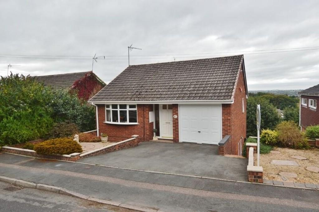 3 Bedrooms Detached House for sale in Beechmere Rise, Etchinghill