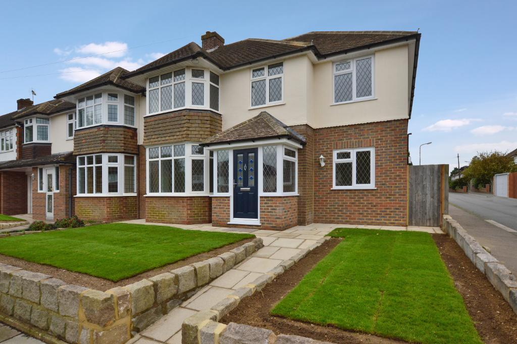 4 Bedrooms Semi Detached House for sale in Cannon Lane, Putteridge, Luton, LU2 8BJ