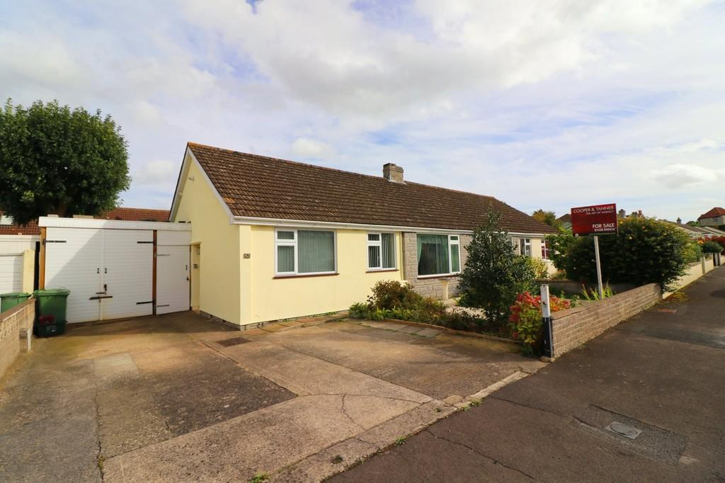 3 Bedrooms Semi Detached Bungalow for sale in Leigh Furlong Road