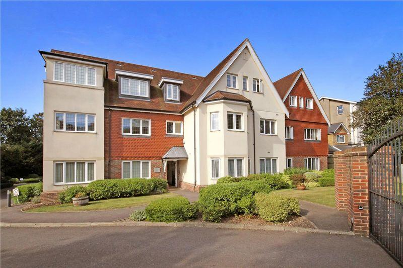1 Bedroom Retirement Property for sale in LEATHERHEAD
