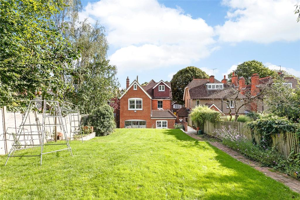 5 Bedrooms Detached House for sale in Laburnham Road, Maidenhead, Berkshire