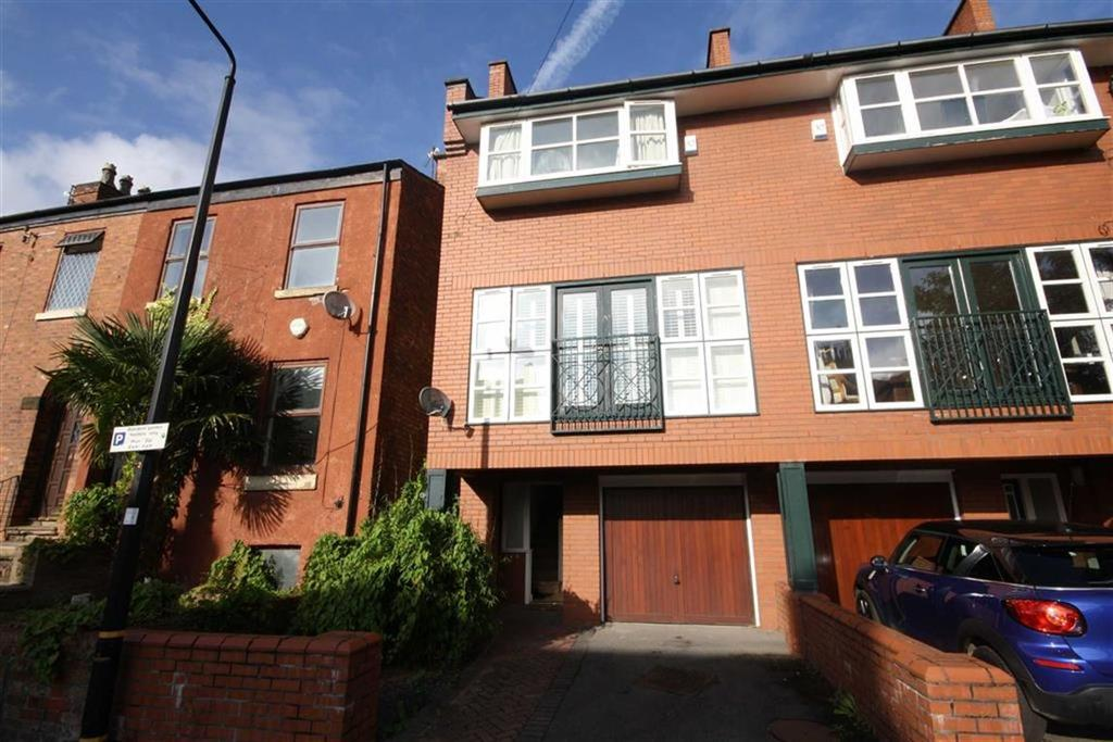 3 Bedrooms Town House for sale in Thorn Grove, Sale