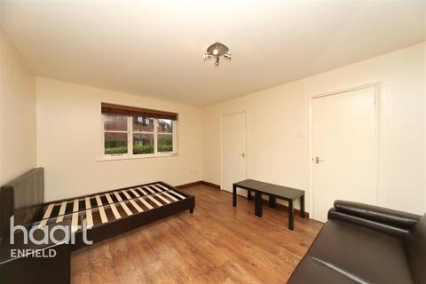 Studio to rent - Tempsford Close - Enfield - EN2