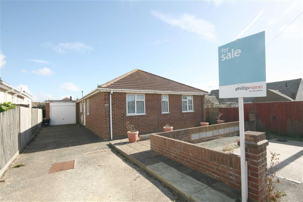 4 Bedrooms Detached Bungalow for sale in Gladys Avenue, PEACEHAVEN