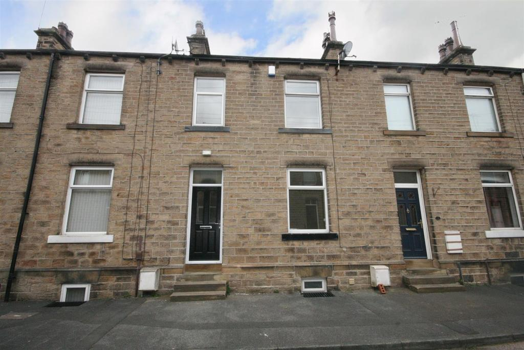 2 Bedrooms Terraced House for sale in Co-Operative Street, Mirfield
