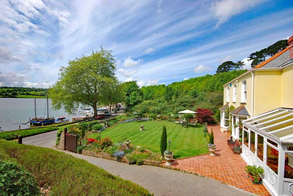 5 Bedrooms Detached House for sale in Malpas Road, Truro, South Cornwall, TR1