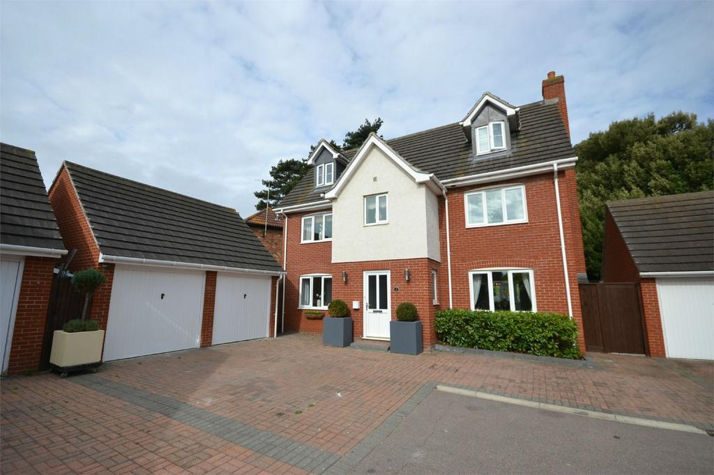5 Bedrooms Detached House for sale in Langford Meads, Heybridge, Maldon, Essex