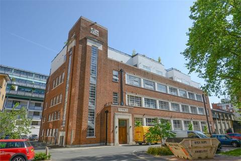 1 bedroom flat to rent - 8 Bluelion Place, 229 Long Lane, London Bridge, SE1