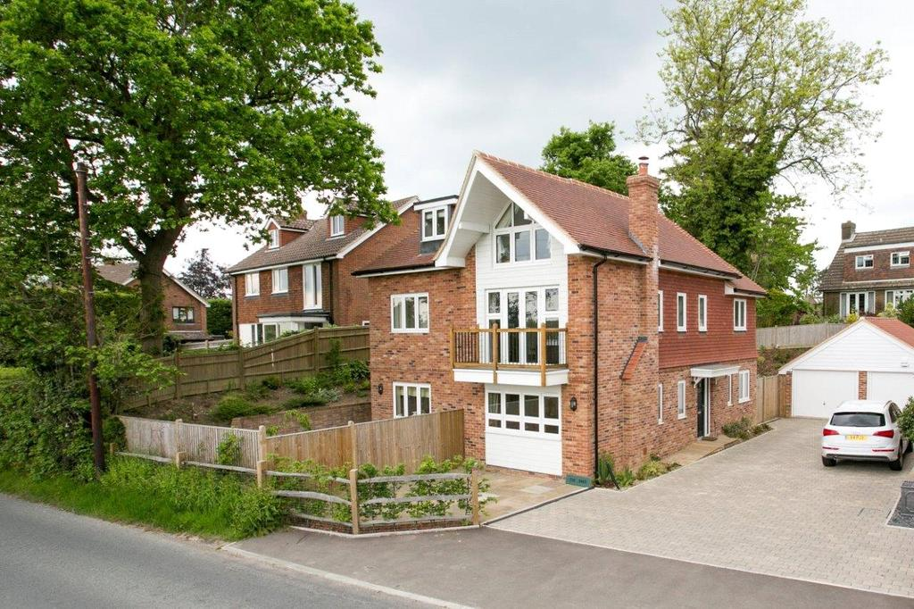 4 Bedrooms Detached House for sale in Cousley Wood Road, Sparrows Green, Wadhurst, East Sussex