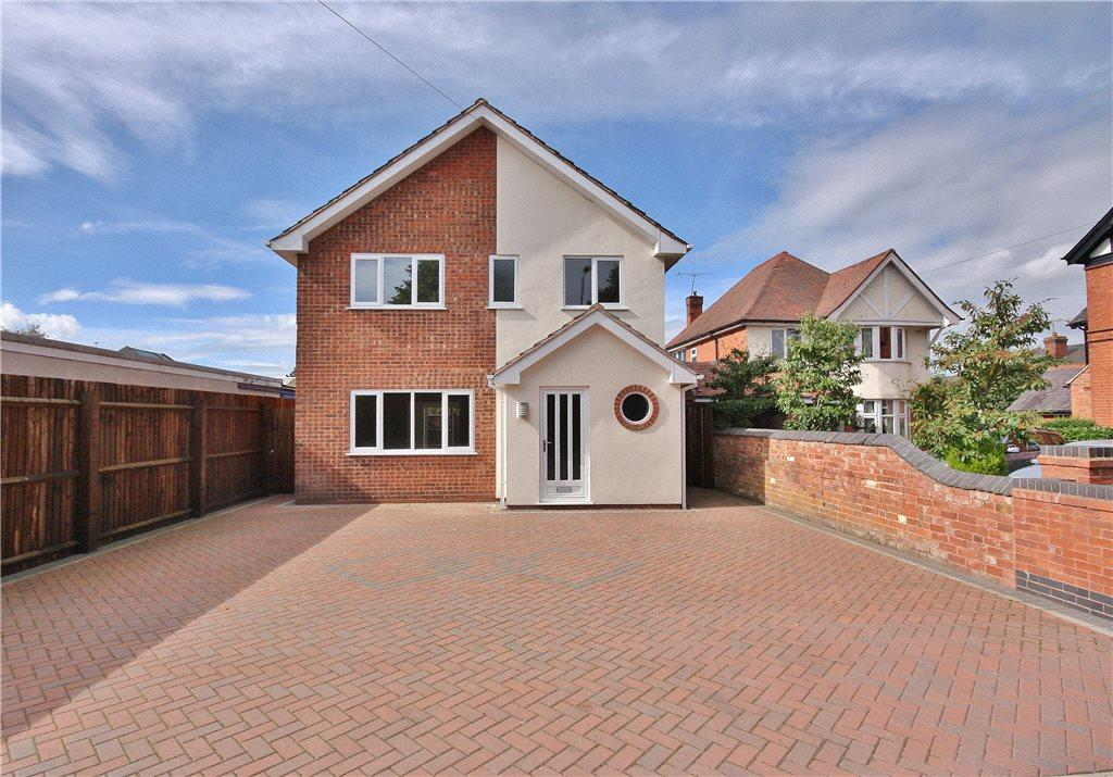 4 Bedrooms Detached House for sale in Evesham Road, Astwood Bank, Redditch, Worcestershire, B96