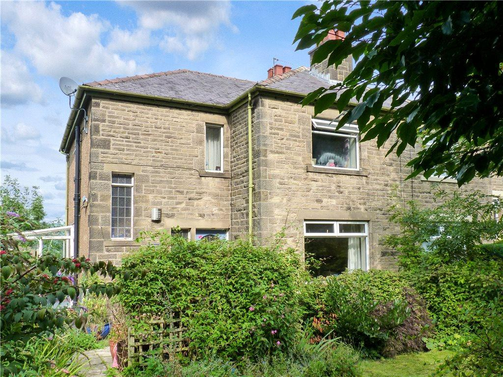 3 Bedrooms Semi Detached House for sale in Moor View, Skipton Road, Steeton, Keighley
