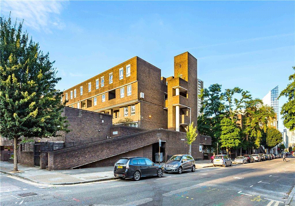 2 Bedrooms Flat for sale in Moorgreen House, Wynyatt Street, London, EC1V