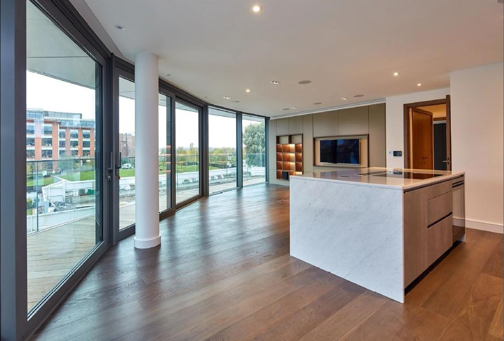 2 Bedrooms Apartment Flat for sale in Hammersmith, London, W6