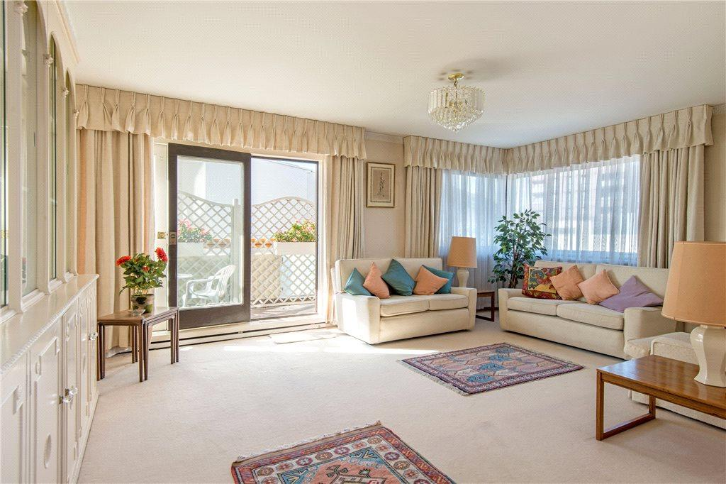 3 Bedrooms Apartment Flat for sale in Southbury, 144 Loudoun Road, London, NW8