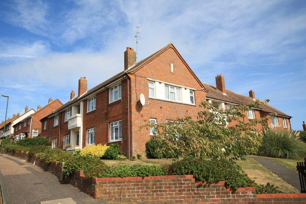 2 Bedrooms Apartment Flat for sale in Holmbush Way, Southwick