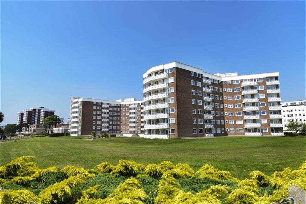 2 Bedrooms Flat for rent in Elizabeth Court, Grove Road, Bournemouth, Dorset
