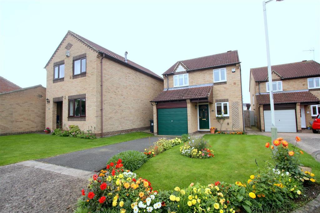 3 Bedrooms Detached House for sale in Rivergarth, Darlington