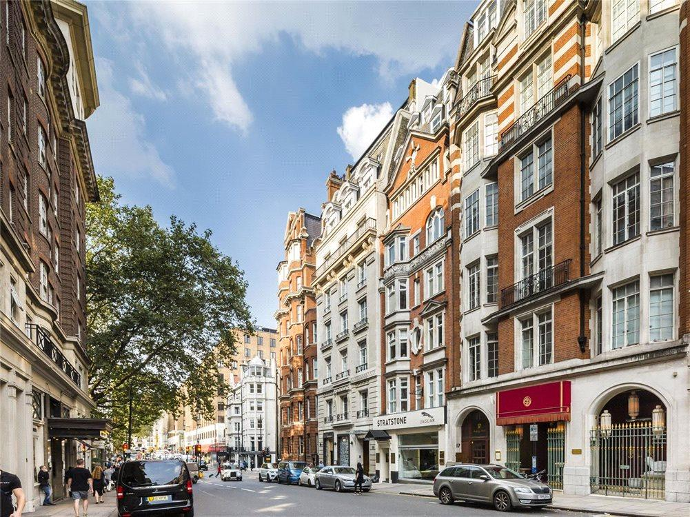 3 Bedrooms Penthouse Flat for sale in Berkeley Street, Mayfair, London, W1J