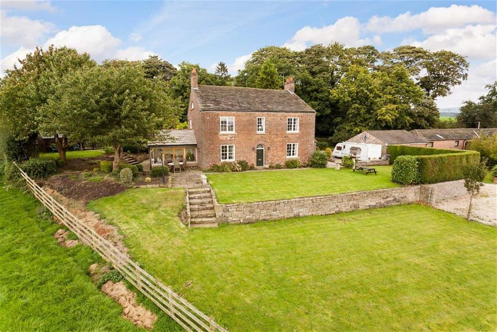 5 Bedrooms Detached House for sale in Church Lane, North Rode