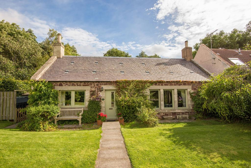 4 Bedrooms Detached House for sale in 1 Newbyth Steading, Newbyth, Near East Linton, EH40 3DU