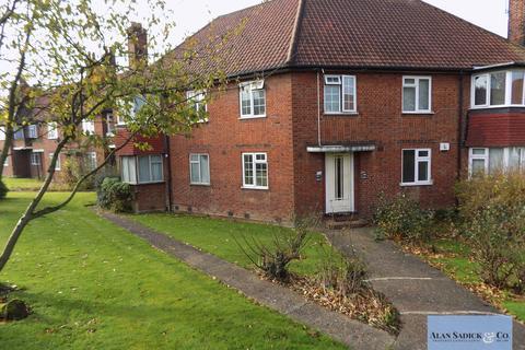 2 bedroom flat to rent - Edgeworth Close, Hendon NW4
