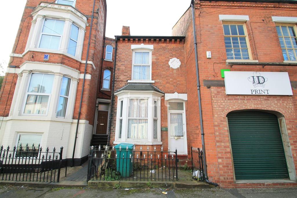 3 Bedrooms Terraced House for sale in Lake Street, Radford, Nottingham